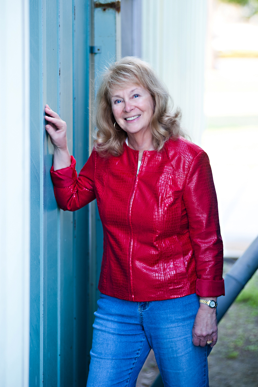 Lesley A. Diehl books about Sassy Country Gals Who Take on Murder