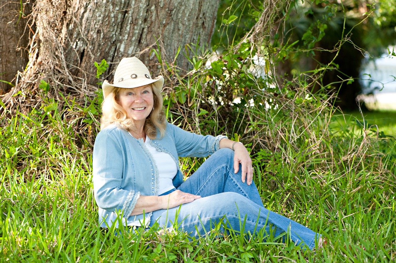 Lesley A. Diehl Author Photo